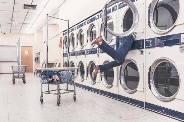 miękkie pranie o nasyconych kolorach prosto z pralek