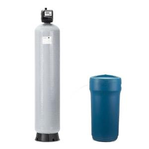 dwuelementowy zmiękczacz wody z butlą zasypaną złożem i zbiornikiem solanki